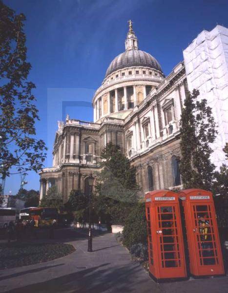 St. Pauls Cathedral, Exterior 1